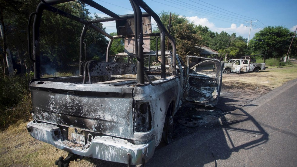 Habitantes de Aguililla, incomunicados por el crimen organizado - Aguillilla Michoacán Policía estatal operativo Aguililla