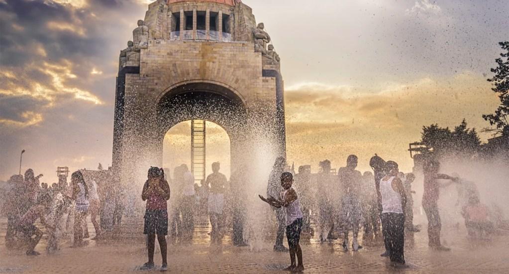 Mexicanos tienen alta susceptibilidad a padecer cáncer de piel, asegura experto - Monumento a la Revolución