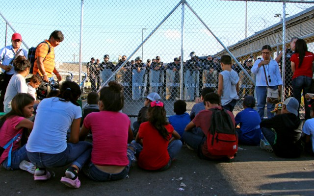 """""""Alien"""", la forma """"deshumanizante"""" de Trump al hablar de los niños migrantes - Foto de EFE"""