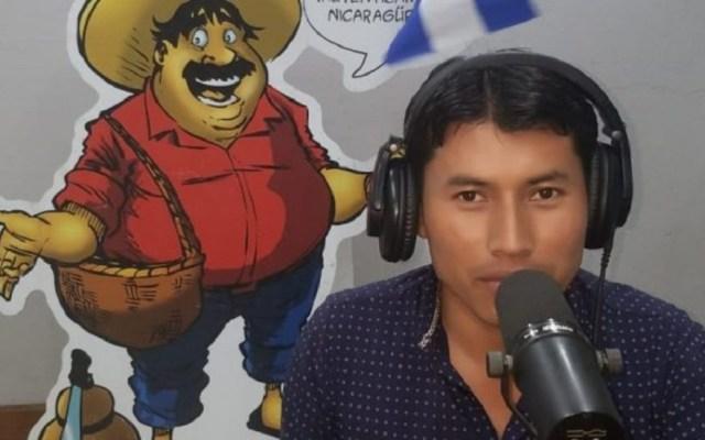 Periodista huye de su casa en Nicaragua por asedio policial - Periodista Denis José García de Nicaragua. Foto de Radio Corporación