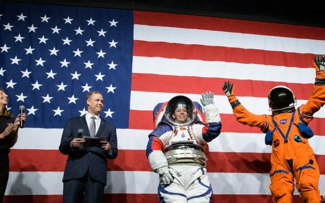 #Video NASA presenta trajes espaciales para misión lunar Artemis - Presentación de nuevos trajes espaciales de la NASA. Foto de nasahqphoto / Flickr