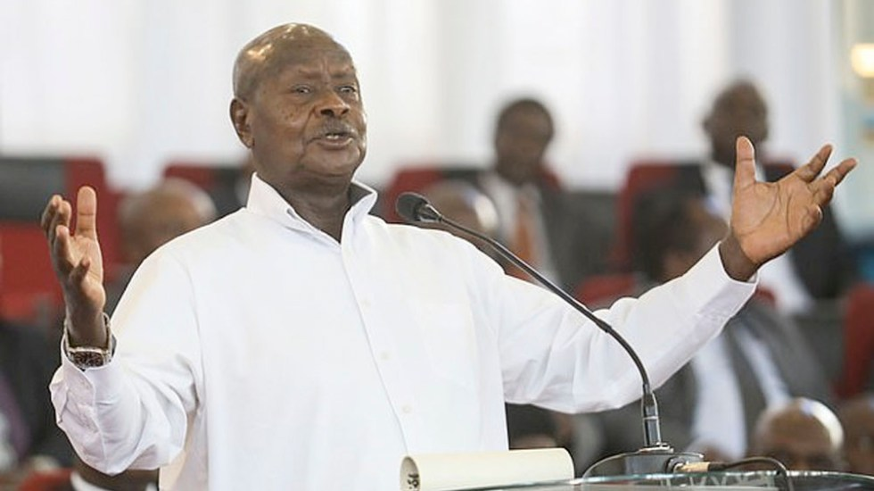 Uganda busca reintroducir ley que condena a pena de muerte a homosexuales - presidente uganda