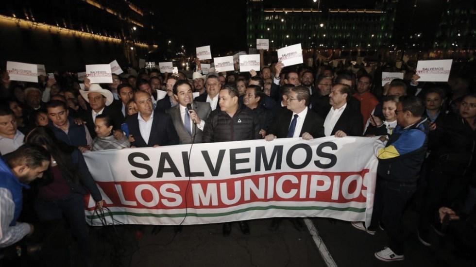 Confirma Presidencia uso de gas contra alcaldes en Palacio Nacional - Foto de Twitter Acción Nacional