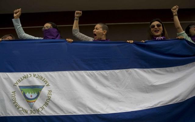 Lanzan piedras a opositores en Nicaragua; roban equipo a periodista - Protesta contra Daniel Ortega, presidente de Nicaragua. Foto de EFE