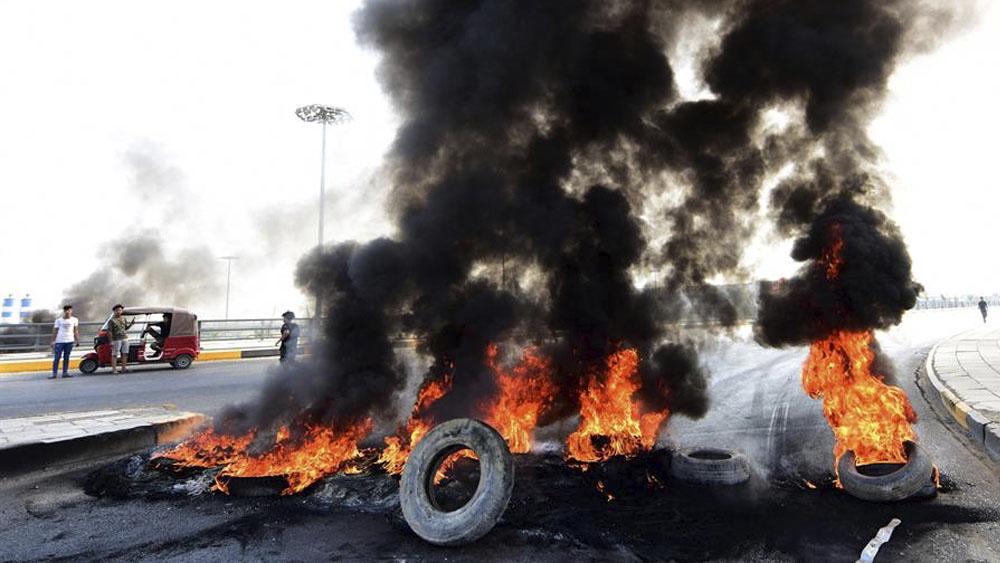 Resultado de imagen para Fotos de las protestas en Irak