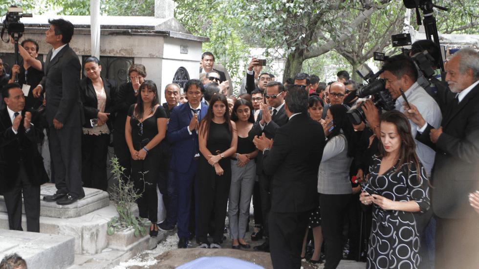 Depositan los restos de José José en el Panteón Francés - josé josé