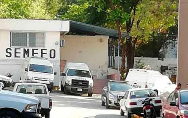 Hallan tres cuerpos con signos de tortura en calles de Acapulco - Semefo