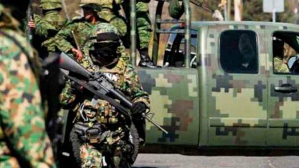 Ejército asegura 551 litros de metanfetamina en Sonora - En la foto, un militar mexicano. Foto de Sedena