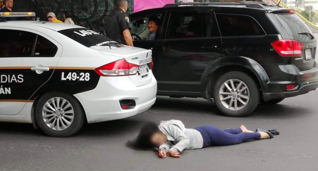 Mujer se suicida lanzándose desde puente hacia el Circuito Interior - Mujer suicida