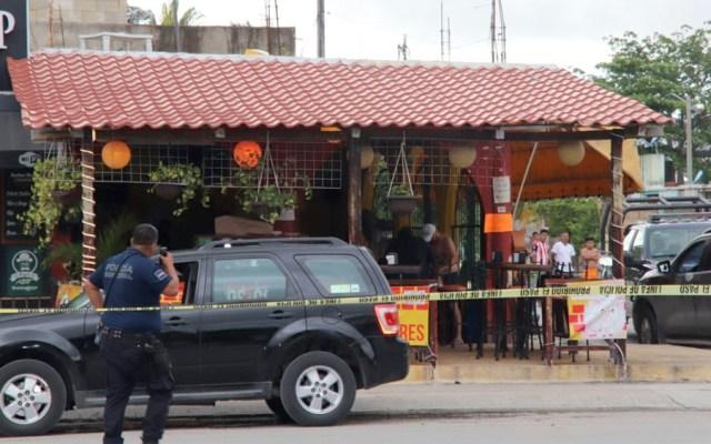Ataque deja un muerto y tres heridos en taquería dePlaya del Carmen - Ataque deja un muerto y tres heridos en taquería dePlaya del Carmen