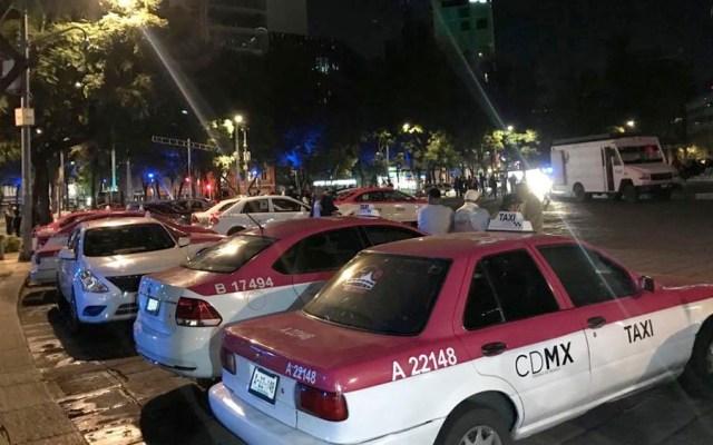Taxistas ya afectan Paseo de la Reforma; comienzan a reunirse en Ángel de la Independencia - taxistas angel