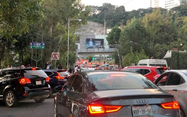 Taxistas provocan caos vial en la Ciudad de México - taxistas santa fe