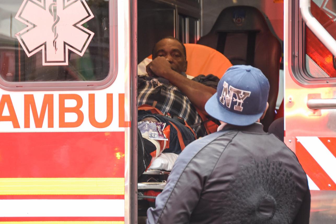 Tiroteo deja cuatro muertos y tres heridos en club de Nueva York