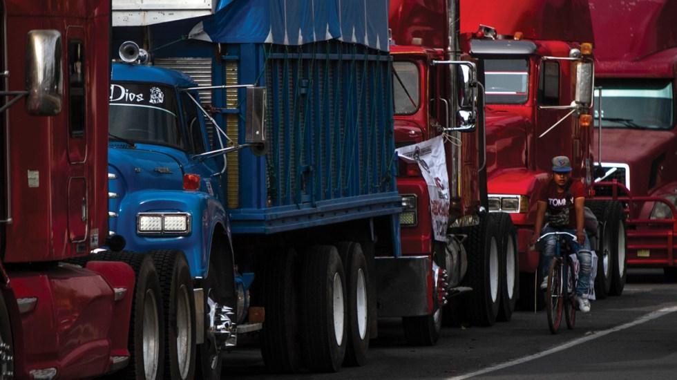 López Obrador pide a transportistas no afectar a terceros con protestas - Foto de Notimex