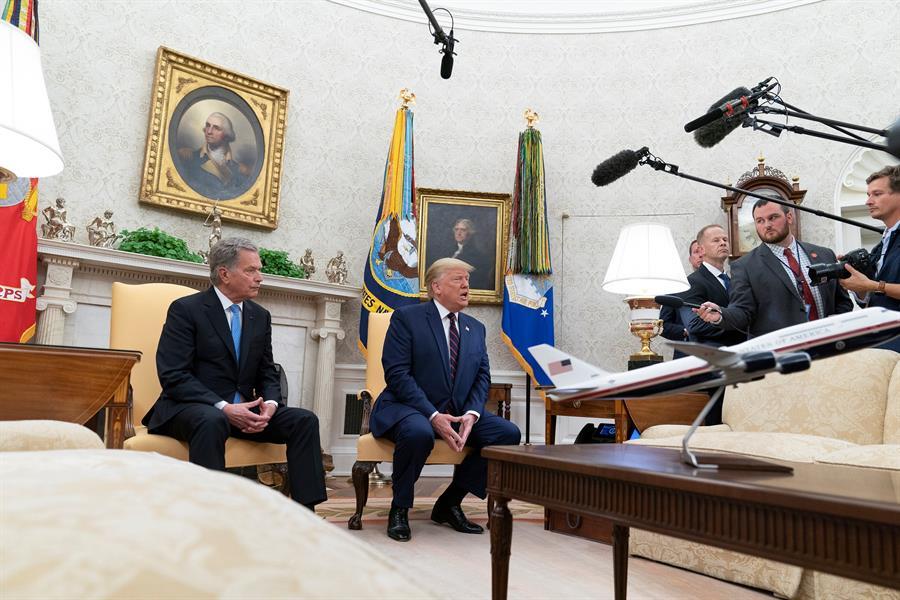Sauli Niinisto y Donald Trump.