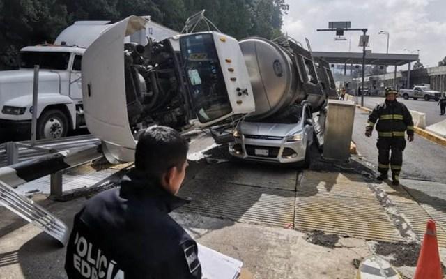 Accidente colapsa circulación en la México-Toluca con dirección a la capital - Accidente autopista México-Toluca