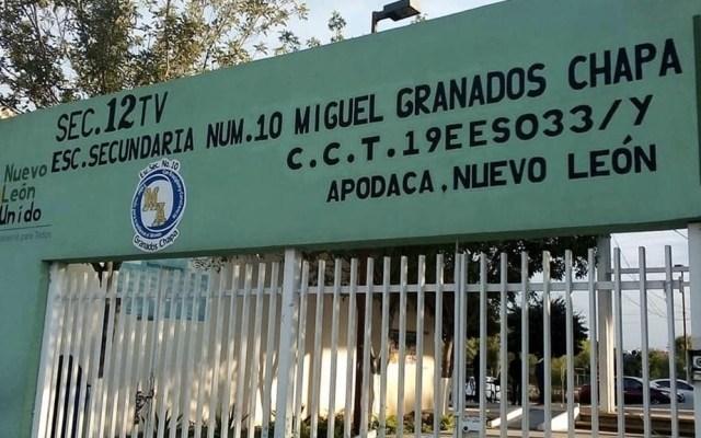 Denuncian acoso por parte de directora de secundaria a joven con tutor homosexual - Apodaca Nuevo León Secundaria homosexual