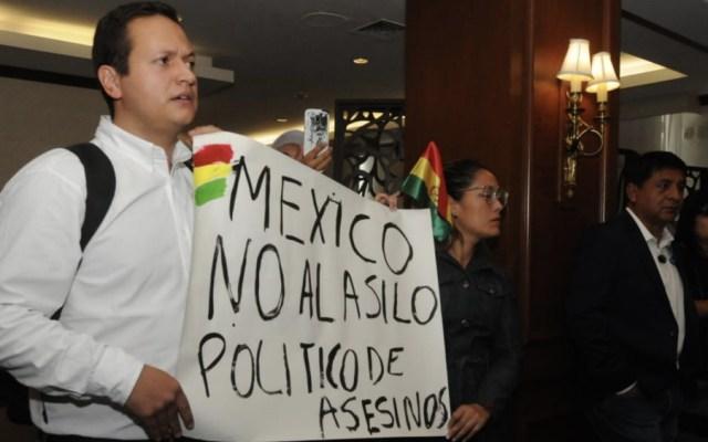 Bolivianos en México inconformes con decisión de dar asilo a Evo Morales - Foto de El Sol de México