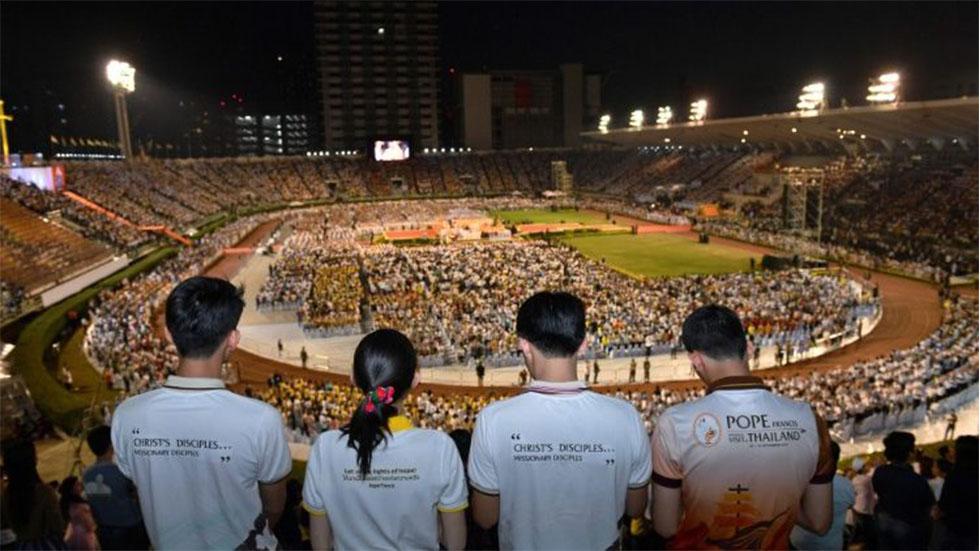 Estadio Nacional de Bangkok en misa del papa Francisco. Foto de Vatican News