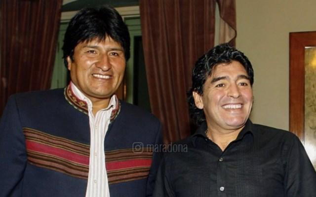 "Lamenta Maradona ""golpe de Estado"" en Bolivia - Foto de @maradona"