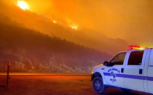 Incendio en el sur de California obliga a desalojo de 6 mil personas - Incendio California Estados Unidos