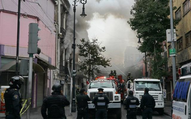 Al menos 150 personas desalojadas por incendio en negocio del Centro Histórico - Incendio en negocio del Centro Histórico