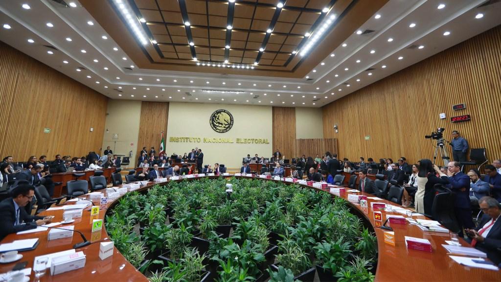 Recorte presupuestal podría comprometer funciones de INE: Laura Rojas - INE Lorenzo Córdova Instituto Nacional Electoral