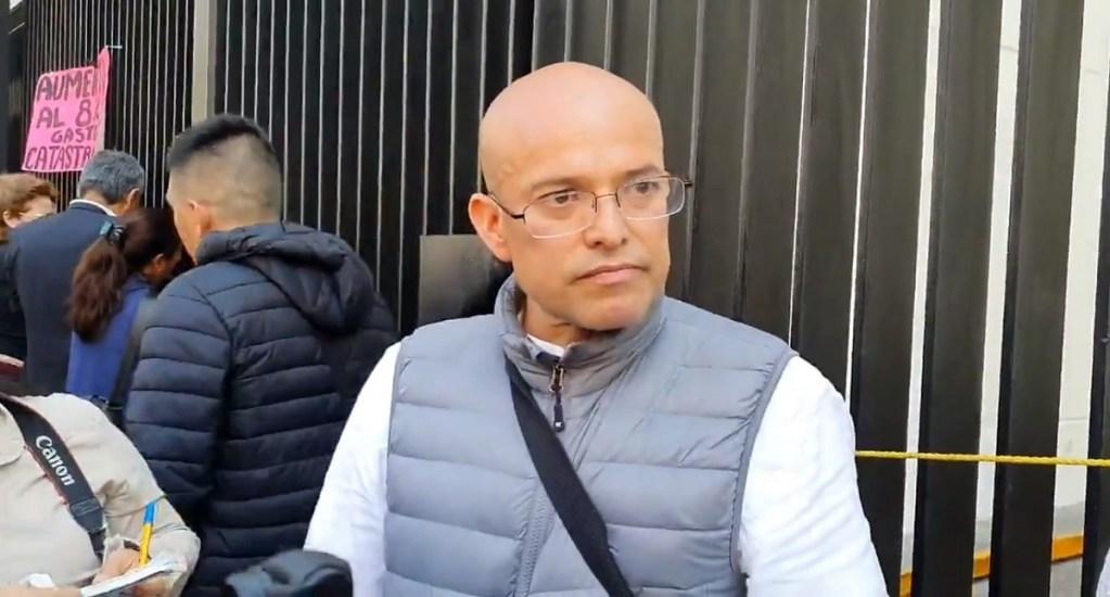 Padres de niños con cáncer exigen disculpas por difamaciones de senadora de Morena - Israel Rivas, vocero de los padres de niños con cáncer. Captura de pantalla / @Edmundo_Morelos