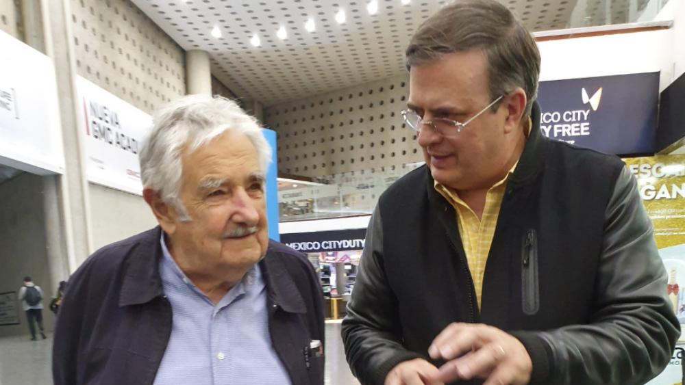 Marcelo Ebrard recibió al expresidente uruguayo José Mujica - Foto de @m_ebrard