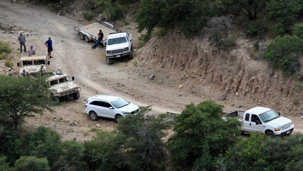 México buscará reunión de alto nivel tras anuncio de Trump sobre cárteles - Resguardan zona donde fue la masacre a la familia LeBarón. Foto de Notimex-Javier Lira.