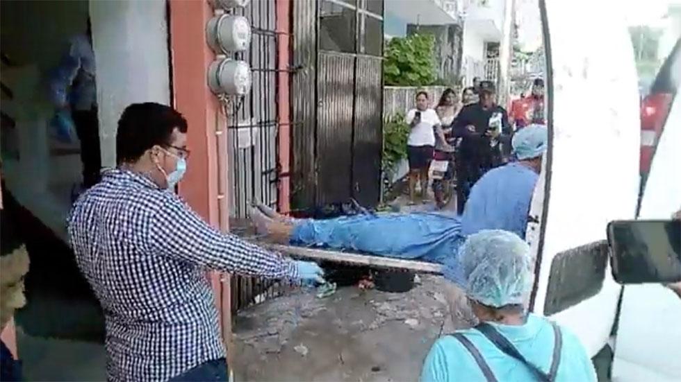 Levantamiento de cuerpos de migrantes cubanos asesinados en Tenosique, Tabasco. Captura de pantalla / Germán Burgos Soberanis