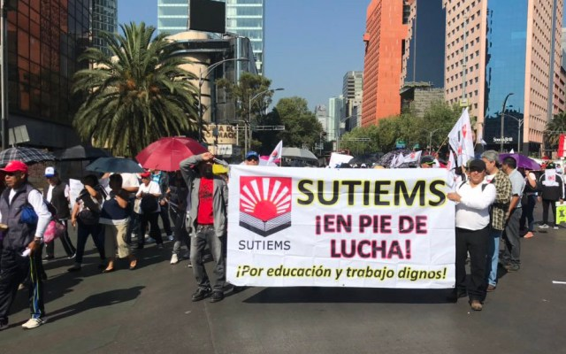 Al menos cinco movilizaciones afectarán tránsito de la Ciudad de México - Marcha de SUTIEMS en la Ciudad de México. Foto de @SutiemsOrg