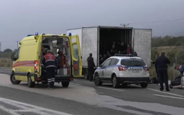 Rescatan a 41 migrantes en Grecia - Hallados 41 migrantes vivos en un camión refrigerado en el norte de Grecia
