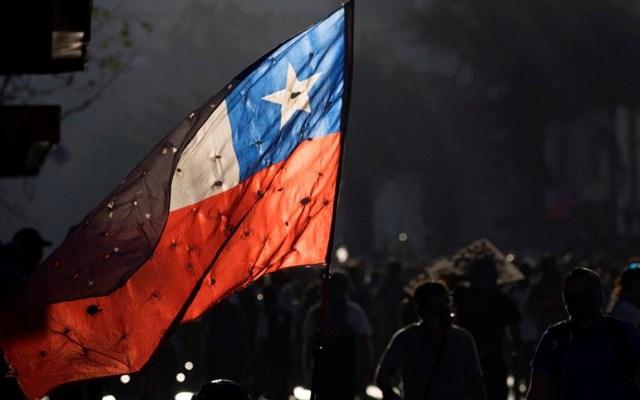 Suman 23 muertos por protestas en Chile - Protesta en Chile. Foto de EFE