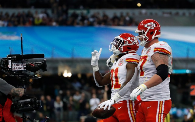El Estadio Azteca brilla en el regreso de la NFL a México; Chiefs se imponen a Chargers