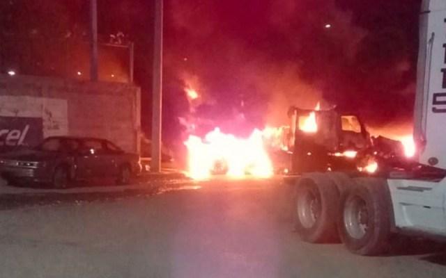 Disparos y quema de vehículos en Nuevo Laredo, Tamaulipas - Nuevo Laredo enfrentamientos incendios