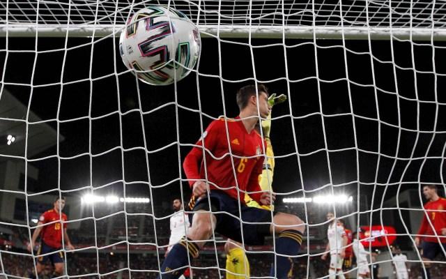 Diez películas de futbol para sobrellevar la cuarentena - Partido futbol Malta España