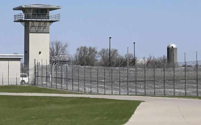 Condenado a cadena perpetua pide liberación tras 'morir' por intoxicación - Penitenciaría Estatal de Iowa. Foto de KCRG