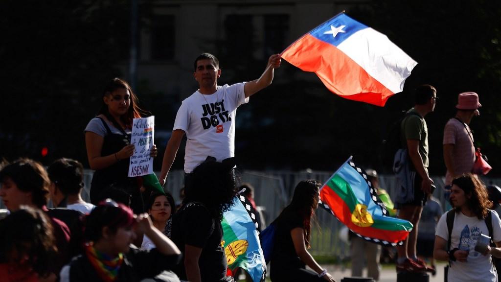 Rusia niega intentos de desestabilizar a Chile - Protestas en Chile. Foto de EFE