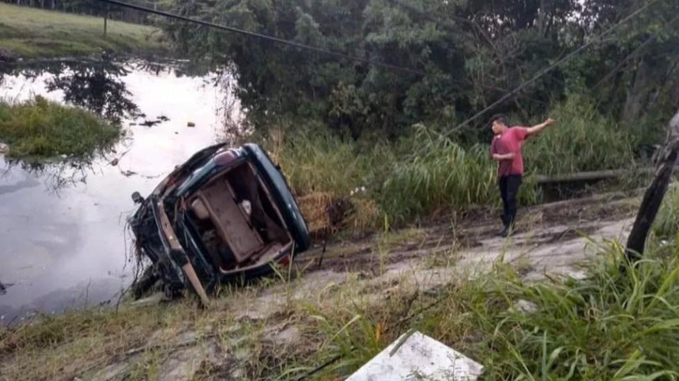 Mueren cinco jóvenes ahogados tras accidente en Comalcalco, Tabasco - Tabasco camioneta ahogados agua