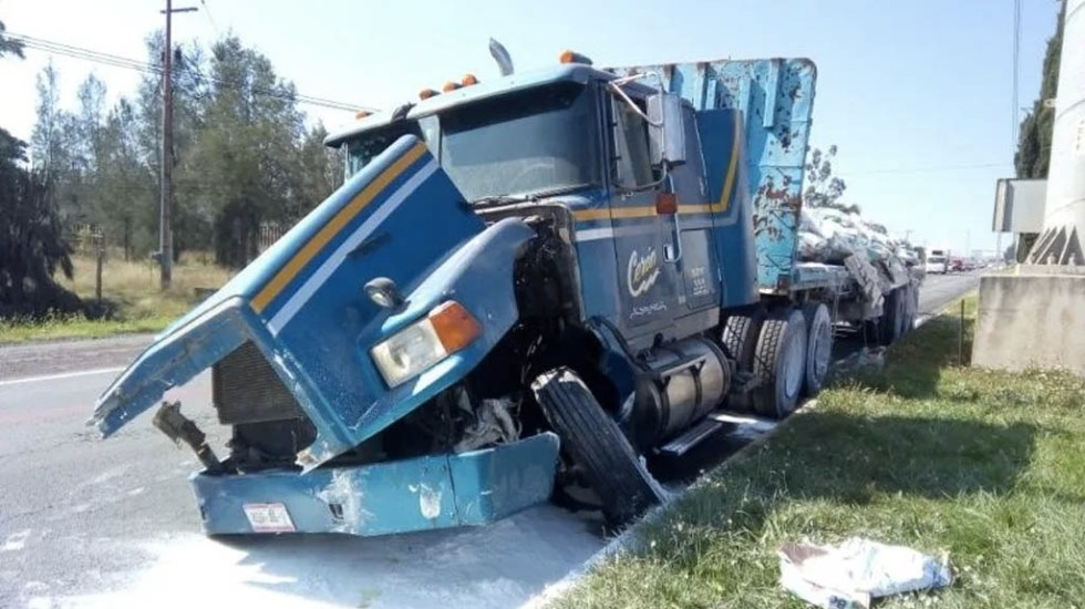 #Video Choque múltiple en Tulancingo deja tres muertos - Tráiler accidente Tulancingo