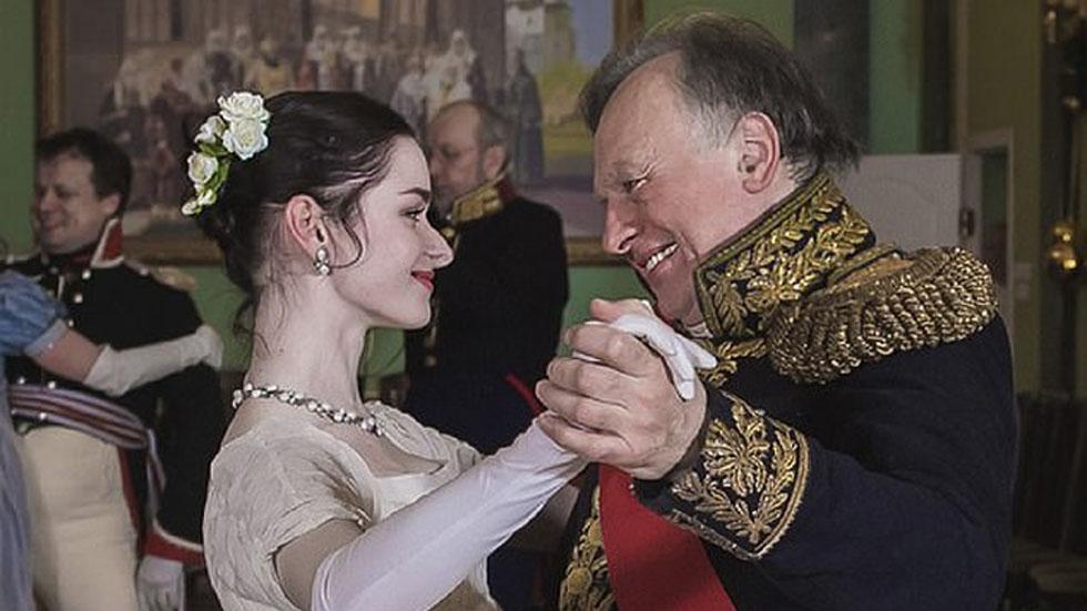 Historiador ruso con la joven que era su novia y había sido su alumna. Foto de VK.com