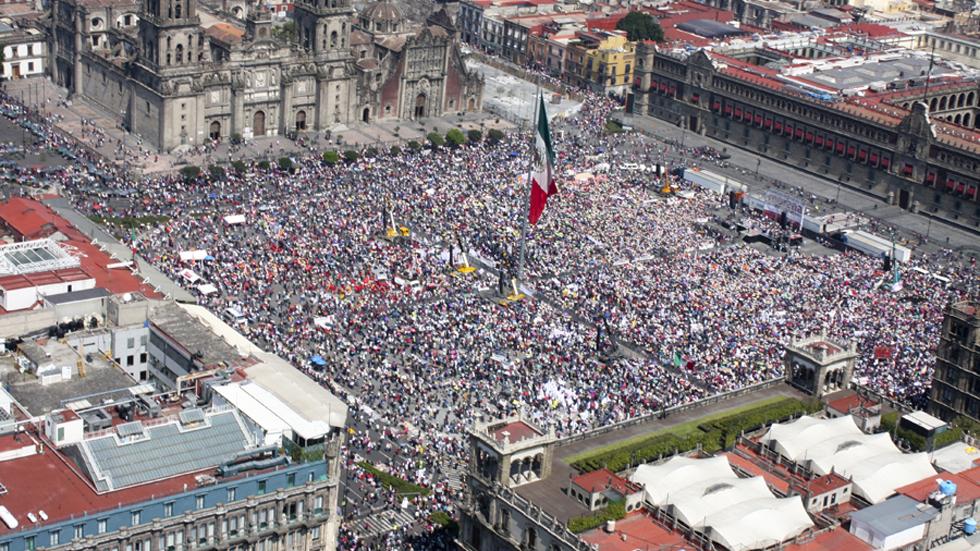 Así será el operativo para la 'celebración' del primer año de gobierno de AMLO - Zócalo de la CDMX por evento de AMLO. Foto de lopezobrador.org.mx
