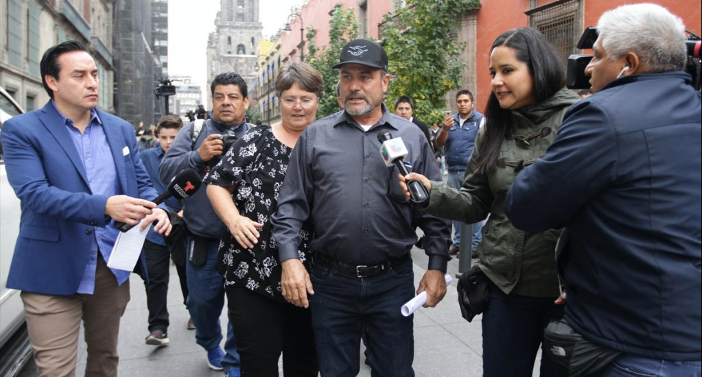 Adrián LeBarón Ciudad de México Palacio Nacional