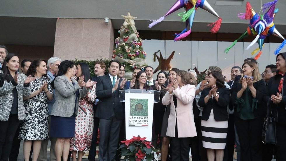 Encienden el árbol de Navidad en la Cámara de Diputados - Árbol de Navidad Cámara de Diputados
