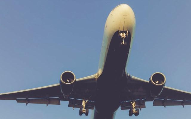 Declaran ilegal emplazamiento a huelga de controladores aéreos - Avión aviones aéreo aeronave