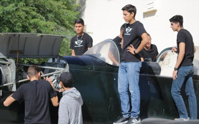 Estudiantes de Hermosillo crean sistema para reducir cableado en aviones - Estudiantes de Hermosillo crean sistema para reducir cableado en aviones