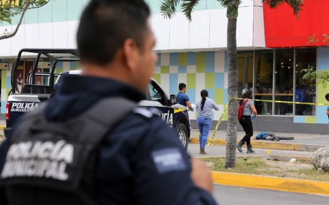 Un muerto y siete heridos tras ataque armado en Cancún - Foto de EFE