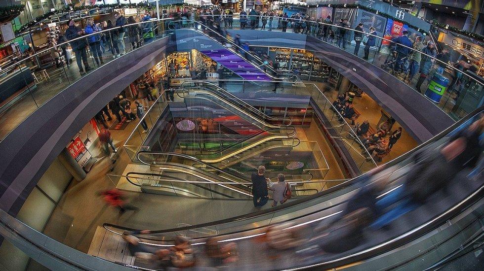 Cae confianza del consumidor; ánimo en su menor nivel en tres meses - Foto: Dieter de Vroomen / Unsplash.
