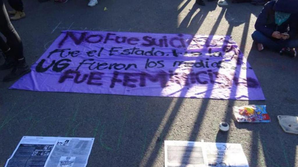 Consignas contra presunto homicidio de Ana. Foto de Zona Franca